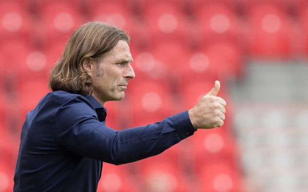 Gareth Ainsworth. vs Doncaster Rovers (A), 11/08/18