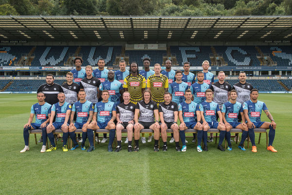 Wycombe Wanderers Team Photo 2018/19